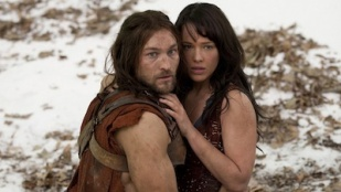 Spartacus: Blood and Sand 01x01 : The Red Serpent- Seriesaddict